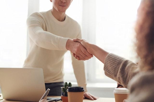 Negotiation Techniques for Closing Business Deals